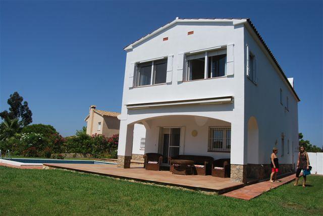 Недвижимость в испании феналс